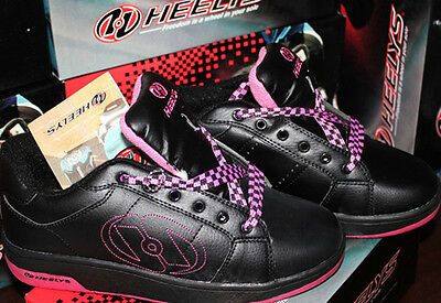 Heelys Roller Shoes Classic Trainer Skate For Girls Black Pink Bliss 2