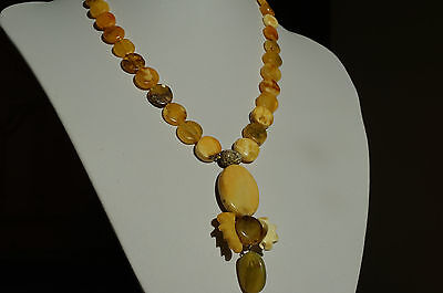 Antique baltic sea natural amber necklace 19,24 grams beeswax, color.