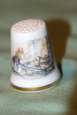 Royal Doulton 1983 Thimble Winter Decorative  Vibrant Beautiful Piece Look!