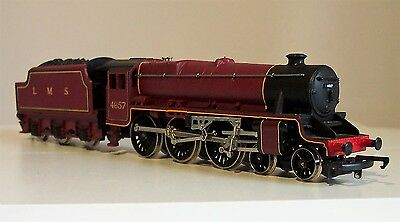 Hornby LMS Class 5, 4-6-0 Locomotive No 4657 & Tender in Crimson Livery