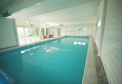 South Devon holiday cottage with indoor swimming pool, stunning location