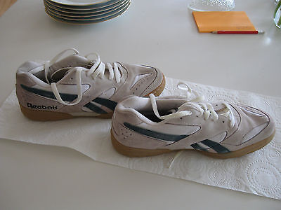 Vintage Reebok size 8 white and green squash shoes