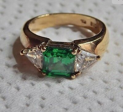 Vintage trillion ring gold vermeil sterling silver green center stone size 9