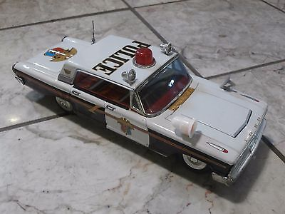 A+ Condtion Vintage 1960's Tin Battery Operated Ford Fairlane Police Car Japan