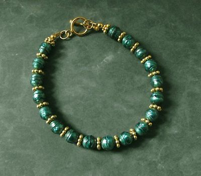 Beautiful Jade Green Pearl Bracelet With Vermeil Clasp and Beads