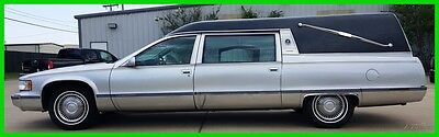 1996 Cadillac Fleetwood  1996 Used 5.7L V8 Funeral Hearse