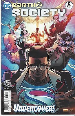 Earth Two Society # 19, 20, 21, 22 (DC)