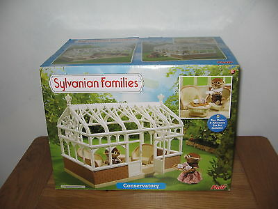 Sylvanian Families Conservatory - Conservatory & wicker furniture B/New in box