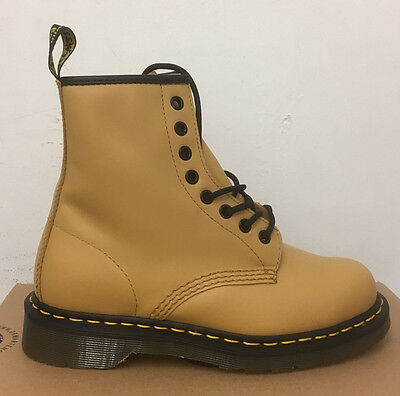 Dr. Martens 1460 Tan Softy T  Leather  Boots Size Uk 8