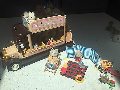 Sylvanian Families Bus and beach fun