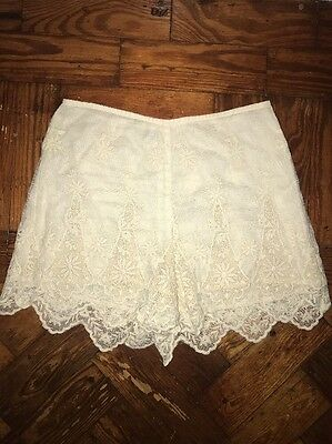 Lace Women's Shorts Small 6-8 Summer Festival