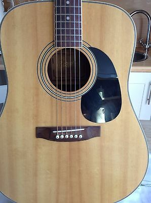 ENCORE E400 S Acoustic Guitar. R H 6 String vgc Used .  re strung Sounds Great