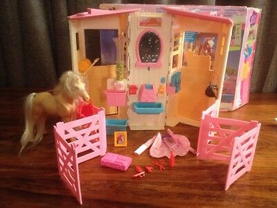 Barbie Styling Stable Playset And Barbie Baby Horse Doll Rare Vintage