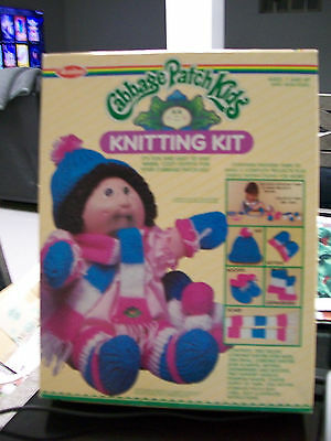 Cabbage Patch Kids Knitting Kit Hat Mittens Booties Scarf Coronet Knitter Pompom