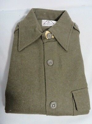Iraqi Army elisted mans Green wool shirt Mint Nos never worn