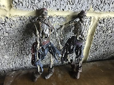 """2 Pirates Of The Caribbean  7"""" Inch Action Figures"""