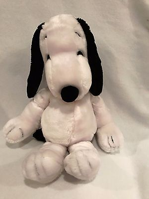 """Vintage Peanuts Snoopy 20"""" Soft Plush by United Feature Syndicate, Inc 1972"""