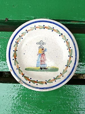 Malicorne potttery pin plates (1900) French faience