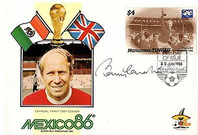 Bobby Charlton hand-signed FDC 1986 World Cup Bobby Moore stamp Man Utd England