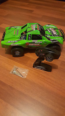 Rc Traxxas Slash 4X4 Brushless With Lipo