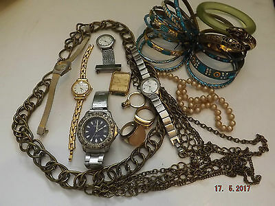 Nice lot of costume jewellery and Watches nice lot of jewellery lot 2