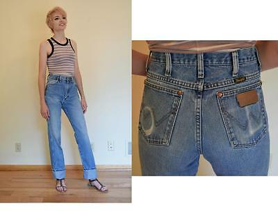 women's vtg Wrangler Straight Fit High Waisted Distressed denim Blue jeans 28in