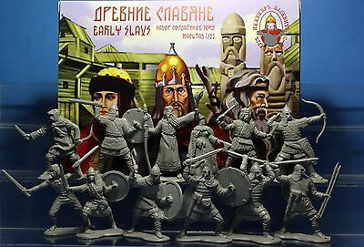 Inzhener Basevich Plastic Toy Soldiers Early Slavs set № 18 1/32 54 mm