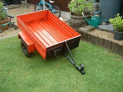 2.5ft x 4ft Camping Trailer