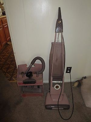 Art Deco Singer S-4 Upright Vacuum Cleaner w/ Trigger Release & Auto Cord Video