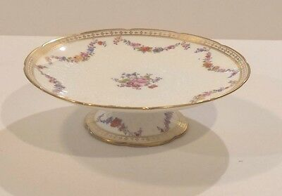 """19th C. MINTON ENGLISH PORCELAIN HAND PAINTED 9"""" CAKE / DESSERT STAND, 2.75"""" H."""