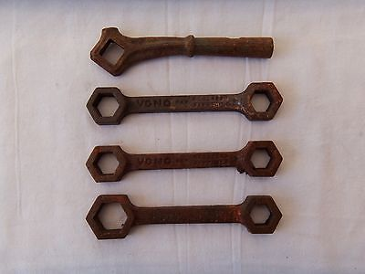 4 Vintage Tools 2 Vintage Vono Bed Spanners 1 Similar Spanner And 1 x Handle