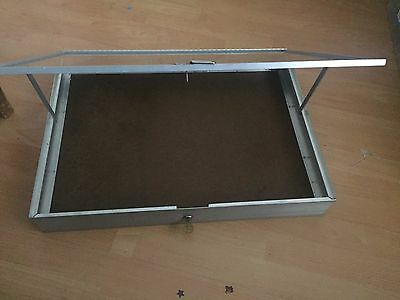 Table Top Cabinet /fairs/ Jewellery/lock And Key Aluminium/carboot/pre Used