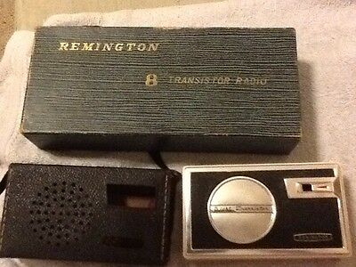 Vintage  REMINGTON EIGHT TRANSISTOR RADIO Used Does NOT Work