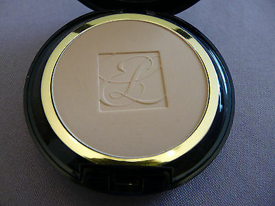ESTEE LAUDER POUDRE DOUBLE WEAR STAY IN PLACE  teint RARE . outdoor beige 03 4C1