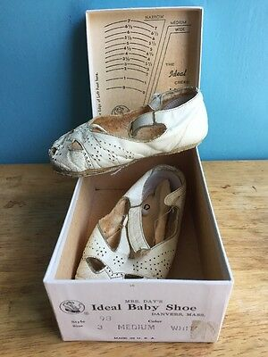 1960 Baby Shoes With Original Box