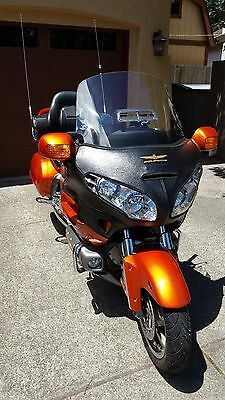 2002 Honda Gold Wing  2002 Honda Gold Wing GL1800A ABS - ONLY 18,000 Miles/Many extras