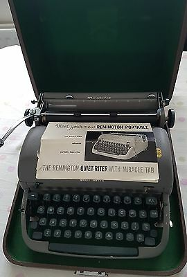 Vintage 1950'S Remington Quiet-Riter Portable Typewriter With Original Case