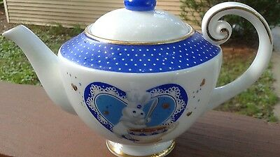 Danbury Mint Pillsbury Doughboy Porcelain Teapot