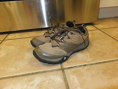 MERRELL Otter Walking, Hiking, Camping Shoes US Women's Size 7.5 Brown Leather