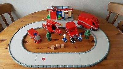 Postman Pat bundle of Roads with Van, Lorry, helicopter and figures