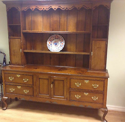 Georgian Oak Dresser On Cabriole Legs