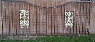 Decorative steel gate