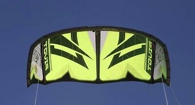 Near New Naish Pivot 9 2014 Kite And Bar (can add Board For Extra $ See Pictures