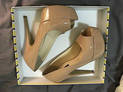 Tony Bianco Nude Tan Heels Pumps Platforms 7