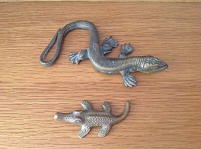 2x VINTAGE BRASS LIZARD/CROCODILE ANTIQUE PAPERWEIGHTS ORNAMENTS