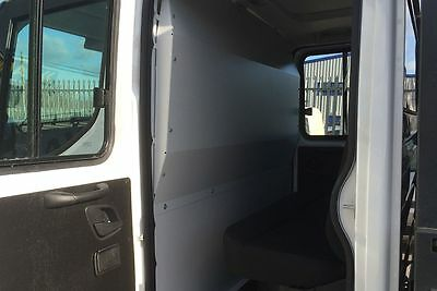 Van Guard Solid Full Steel Bulkhead VG318S for Iveco Daily (2014 on) [Crew Cab]