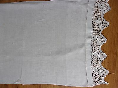 Vintage White Linen Table Runner With cotton Lace