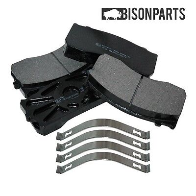 +Mercedes Atego Front & Rear Brake Pad Axle Set With Fitting Kit - New Bp106-023