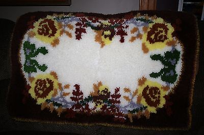 Vintage Latch Hook Rug Large Flower Pattern Hand Crafted Hooked Yarn Rug