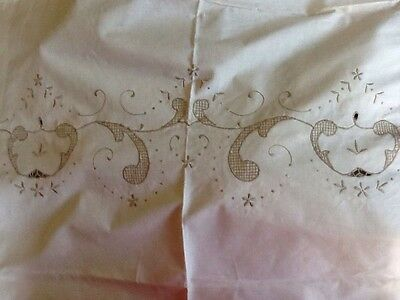 Embroidered Table Cloth And Matching Napkins